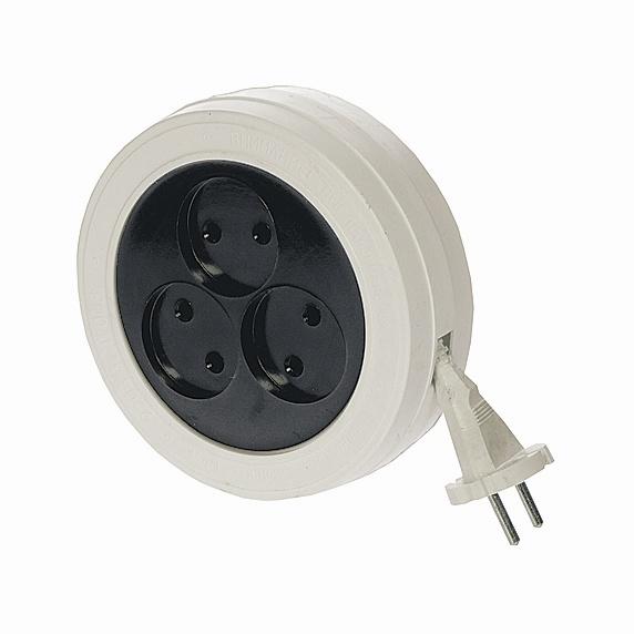 Удлинитель-рулетка электрический 3 розетки, б/з (ШВВП 2*0,5) 1,7м., 6А