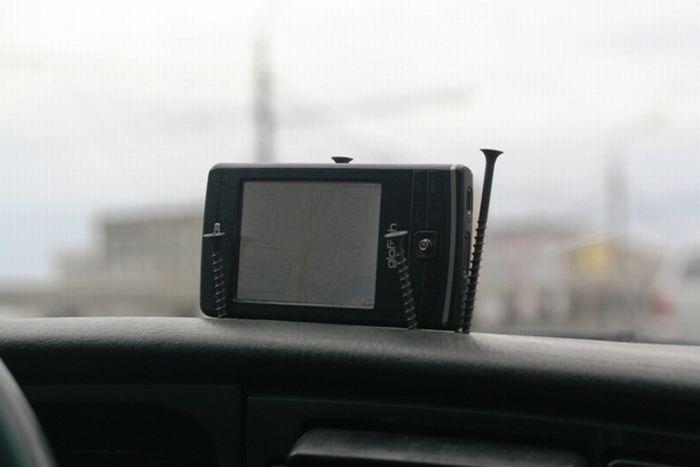 Держатели для телефонов в машину своими руками